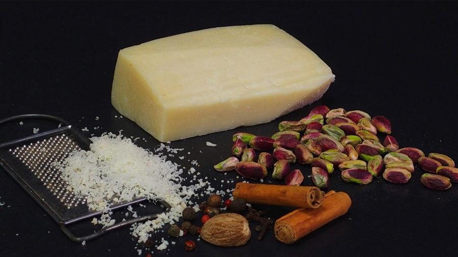 bioevmeos_-rolo-gemisi-pistachios-cheece